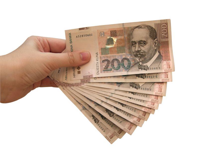 Stiže nam CRO kartica! Za odmor u Hrvatskoj radnici će dobiti 2 i pol tisuće kuna