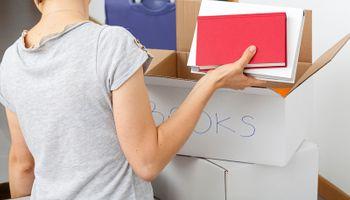 Traži se 100 studenata za pakiranje školskih udžbenika