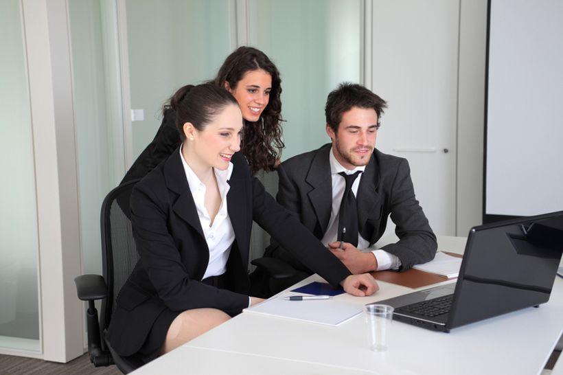 upoznavanje poslovnih suradnika možete li započeti druženje u 13
