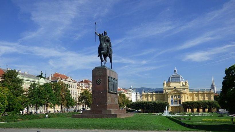 Kip kralja Tomislava u Zagrebu