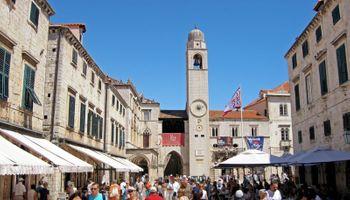 Dubrovnik će kažnjavati 'neprimjereno odijevanje'