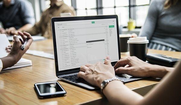 Kako napisati e-mail koji će ljudi (doista) htjeti pročitati?