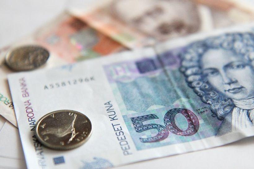 kovanice na novčanicama od pedeset i dvjesto kuna