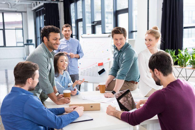 Sve više ljudi očekuje povišicu i sve se manje njih boji za svoje radno mjesto