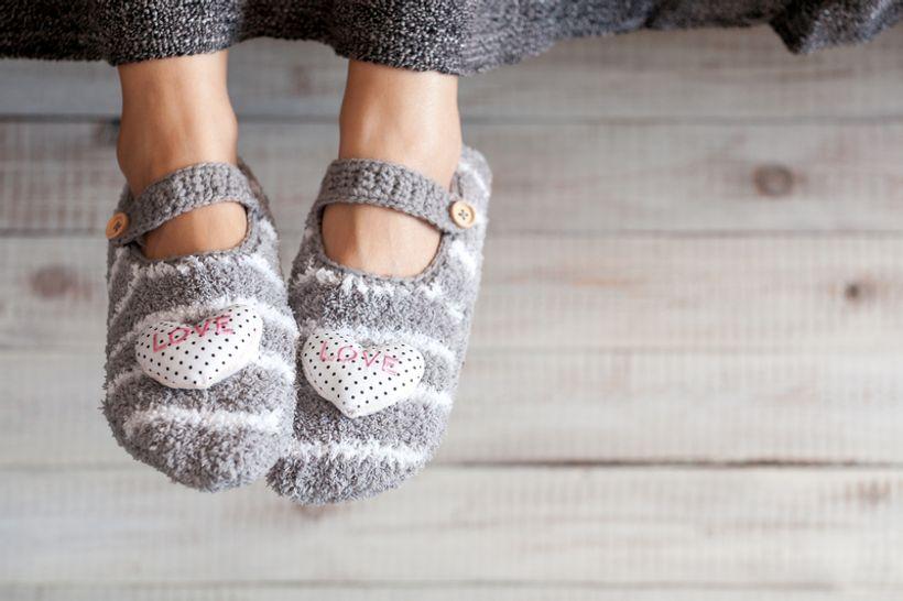 noge u papučama