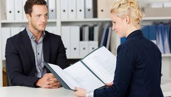 Kako se postaviti kada vas šef zatraži iskreno mišljenje o njemu?
