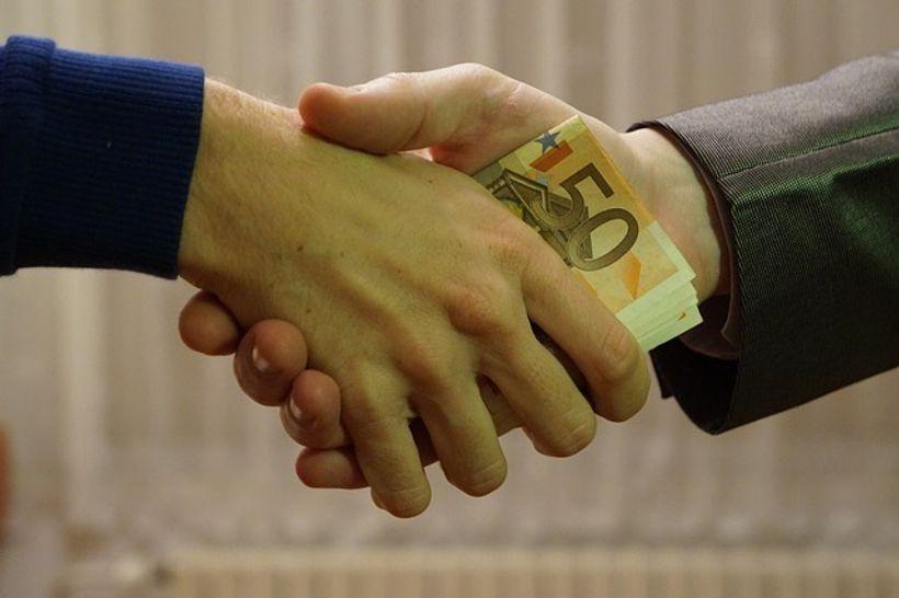 rukovanje i razmjena eura