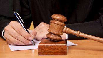 Direktor optužen zbog neisplate plaća