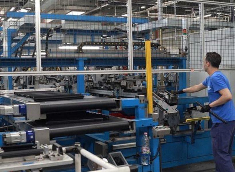 Nastavljen pad zaposlenosti u industriji