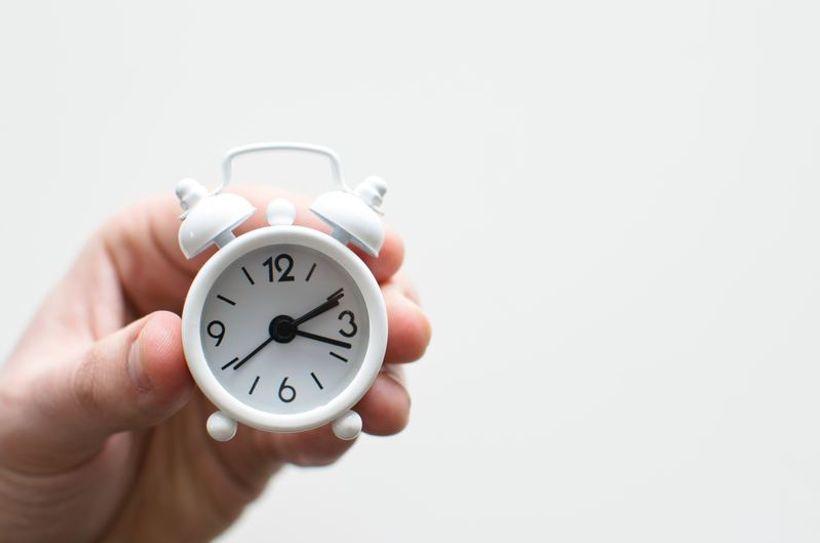 sat u ruci