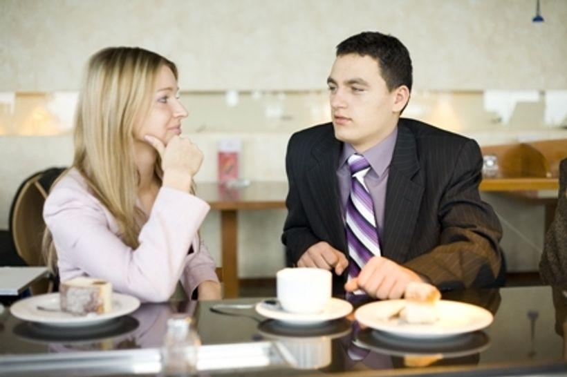 Je li moguće prijateljstvo između šefa i zaposlenika?
