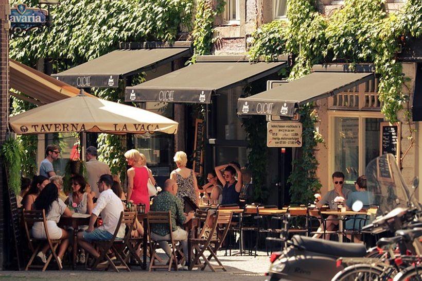 Terasa restorana u gradu