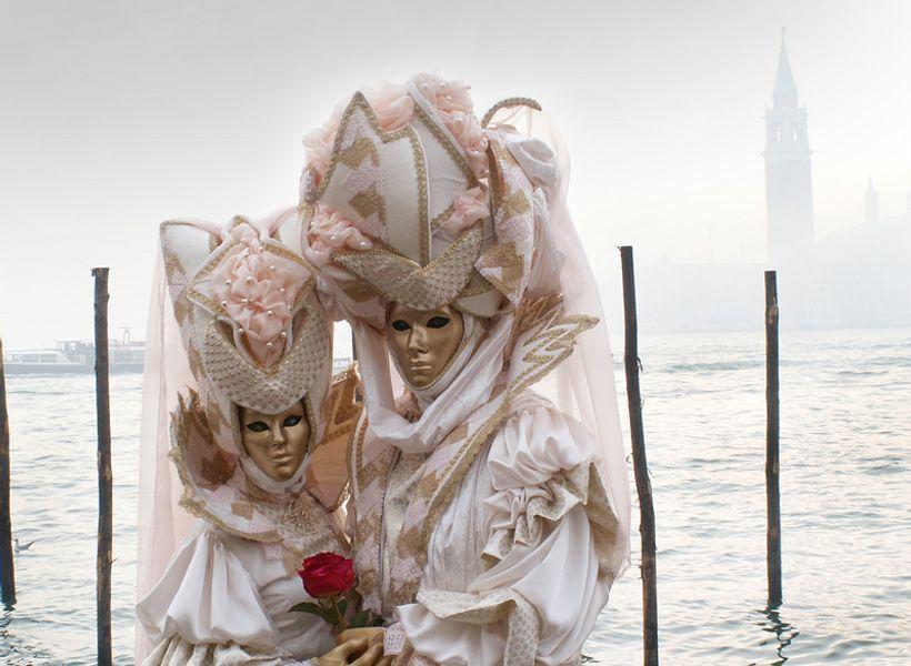Najzabavnije maske koje nosimo na poslu