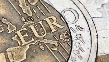 Eurozona opet razmišlja o dijeljenju novca punoljetnim građanima