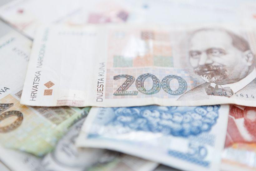 Vlada povećava minimalnu plaću za 249 kuna
